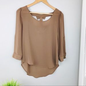 Mine Tan High low bow back 3/4 Sleeve Blouse